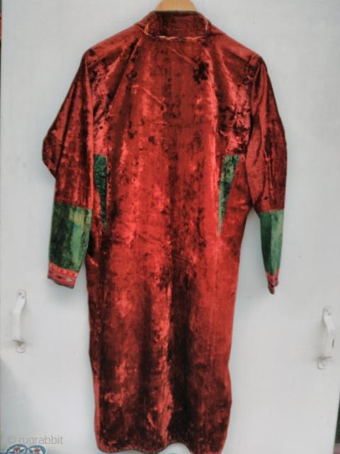 Turkmen velvet silk coat
