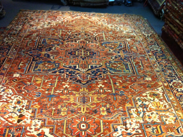 "1920""s Persian Heriz 11'6""x8'10""  no pet stain not dry rot no holes.  Ends are intact."