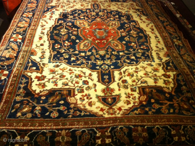 """Circa 1900 Persian Farahan Sarouk  perfect shape no pet stains   size 4'5""""x4'5"""""""