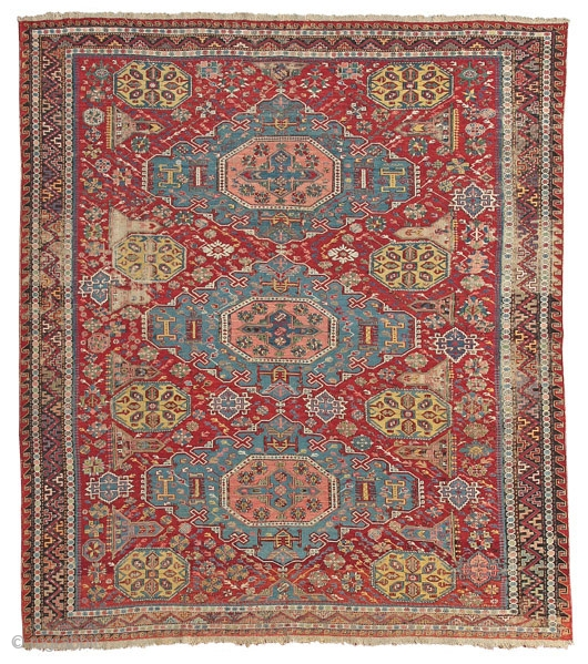 Sumakh rug with diamond medallions