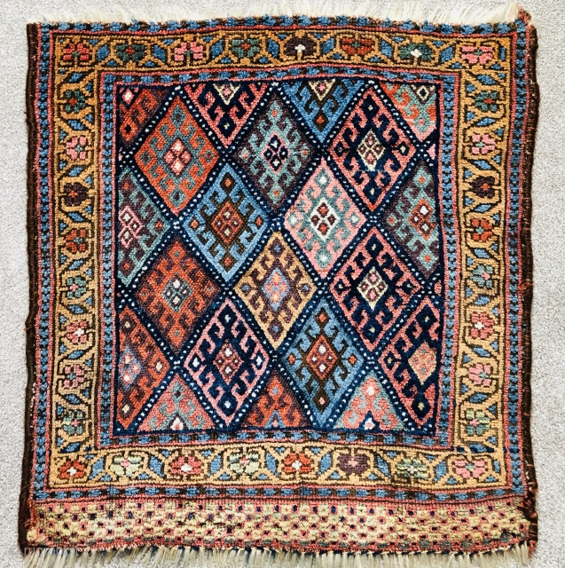 Antique Jaf Kurd bagface ca 1880 or before.  Lovely soft old natural colours 