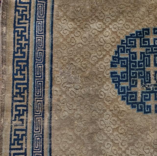 "Fabulous Kangxi era Ningxia Chinese rug, circa 1700. 4'5""x6'2"". Small format classical Chinese piece with spectacular drawing."