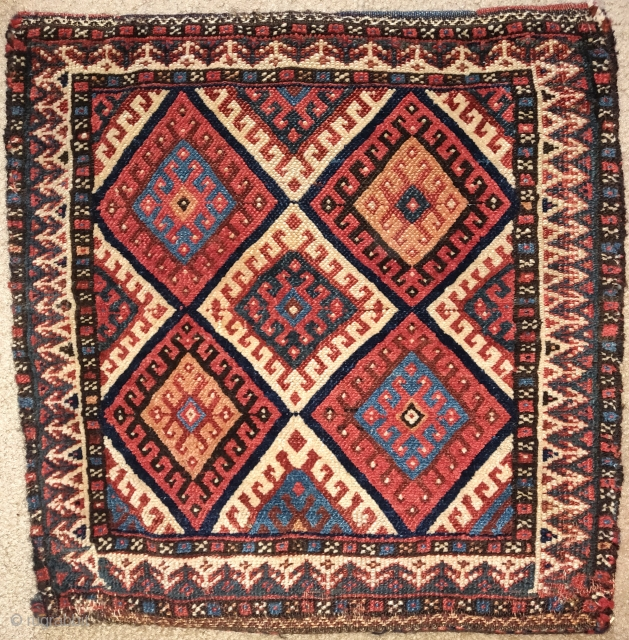 Southwest Persian bag with a Jaf-Kurd-like latch-hook diamond design. Zig-zag kilim back preserved.