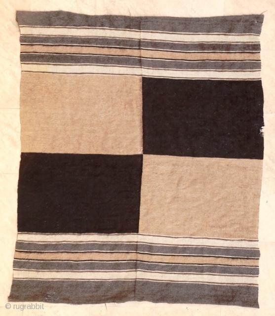 An unusual 2-panel Siirt kilim. Approx 150 x 165 cm