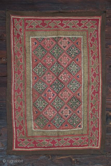 Khirghiz wool hanging. 98 X 140 cm. XIX century. With original indigo die lining.