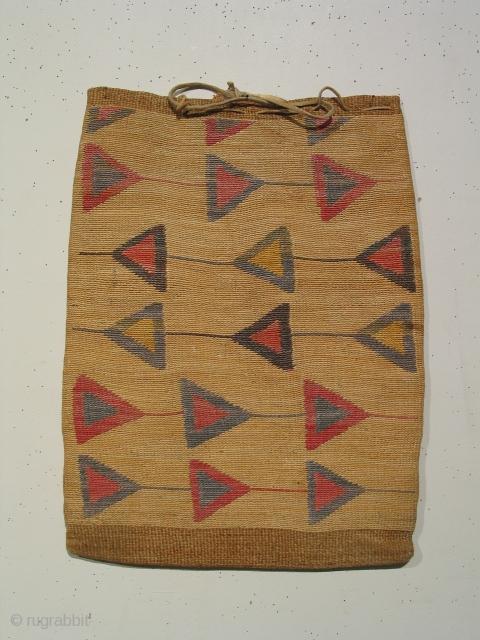 Corn husk bag, Nez Perce tribe ( Idaho, Washington, or Oregon ) with natural dyed patterning, circa 1850-1880, 13 x 17 inches
