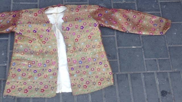 2 jakets Persian ? Good price ask