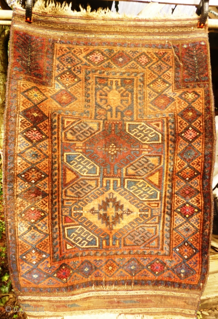 Timuri Prayer rug. Evidence of fuchsine. Moth damage and worn kink. Kelim ends nearly intact. Rear of carpet shown photos 6 & 8.  size: approx 4 ft x 3 ft