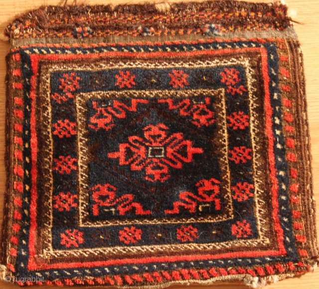 smal baluch  bagface Natural colors 19th Century size 0.33cm x 0.33cm