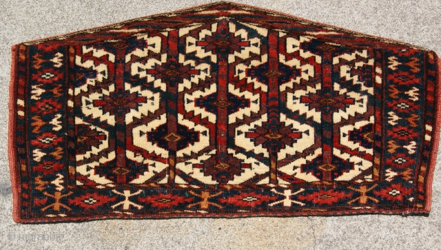 Small Yomut Asmalk Last quarter of the 19th century very good condition and good colors.