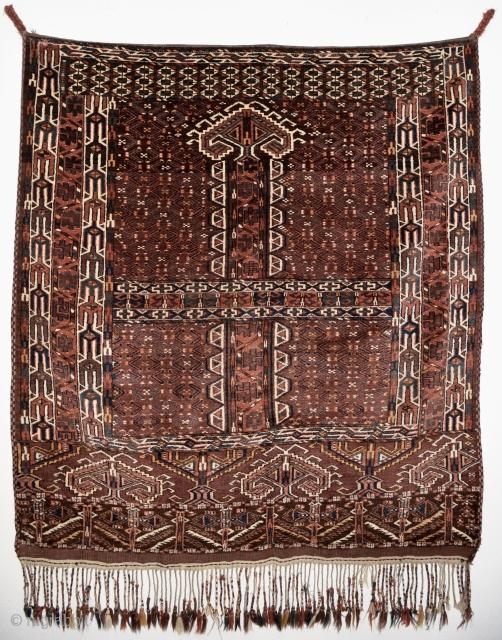 Turkmen ensi Yomut. Late 19th century. 158cm x 150cm