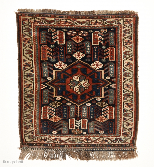 Early 20th century South Persian Khamseh bag face. With octagram medallion which is often used on Khamseh bag faces. All natural colors with great wool. 68cm x 60cm.