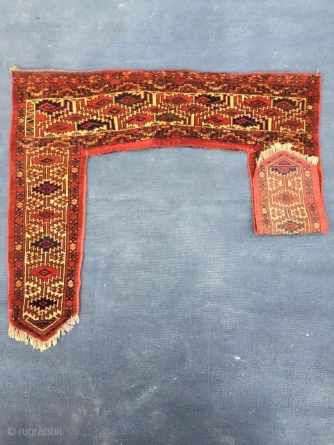 Ersari kapunuk door lintel, about 101 cm x 119 cm