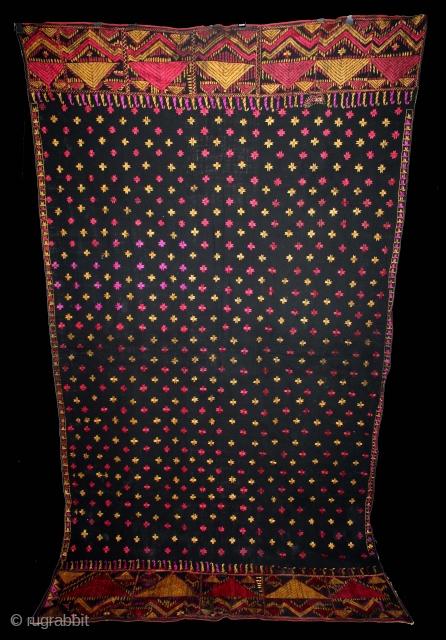 Indigo Phulkari From East(Punjab)India Called As Mughal Buti phulkari.Rare Design.Floss Silk on Hand Spun Cotton khaddar Cloth.(DSE03100).