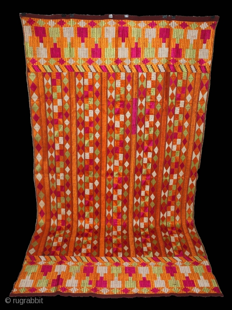 Phulkari from East (India) Punjab India Called As Bagh. Its size is 127cm X 228cm.Rare Design.Extremely Fine Phulkari.(DSE01590).