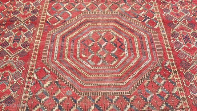 old ozbek rug size is 578cm x 246cm for the pictures ask please