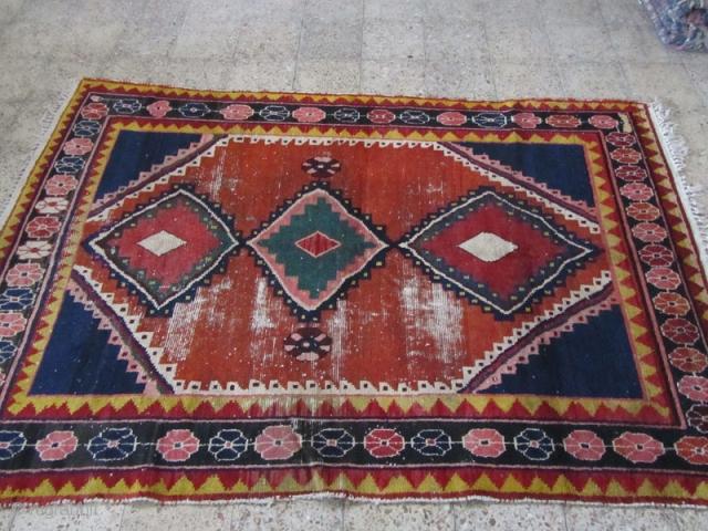 Bakhtiari gabbeh from kiyar area of chahar mahal ,shalamzar village.Size:252x173 cm