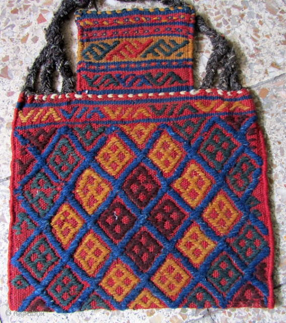 Lori bakhtiari saltbag in perfect condition,Size:46x40 cm