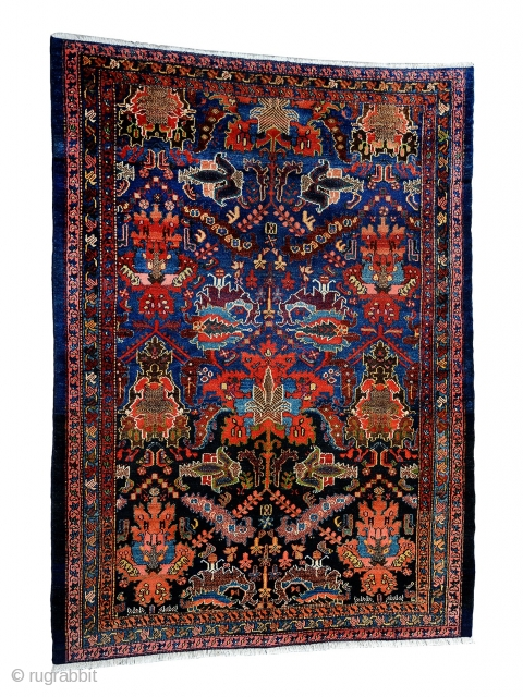 Chahat mahal Bakhtiyari rug,size 190x145cm perfect condition