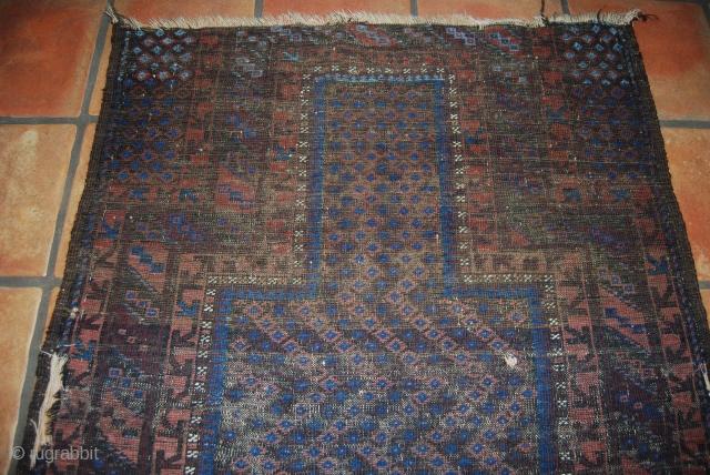 Antique Baluch/timuri prayer rug, 92 x 115 cm, condition issues, thin, wear, damages