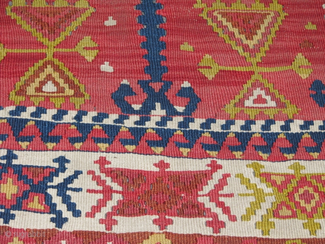 Lovely Anatolian Kilim.(Cankiri?)this kilim is in very good condition.no repairs and so.it has a beautifull mihrab and has the tree of life which is eternety of soul.it has also some beautifull amulet  ...
