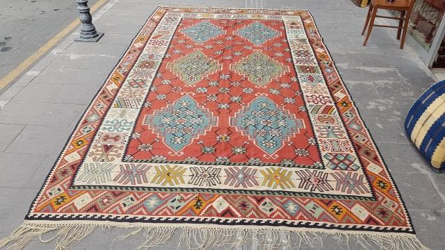 Size : 215 x 375 (cm), Sarköy .