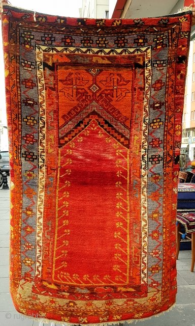 Size : 90x155(cm), Early 20th century, lovely prayer rug . Middle anatolia , Konya !