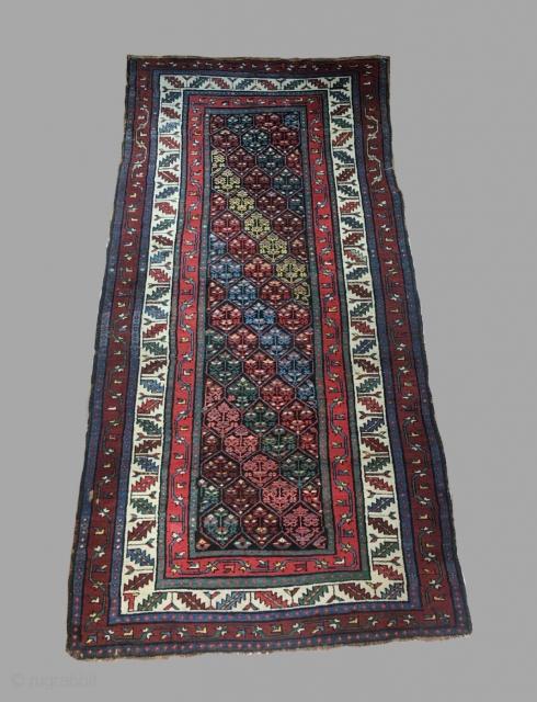 Kurdish ?? Size 7'3 x 3'6