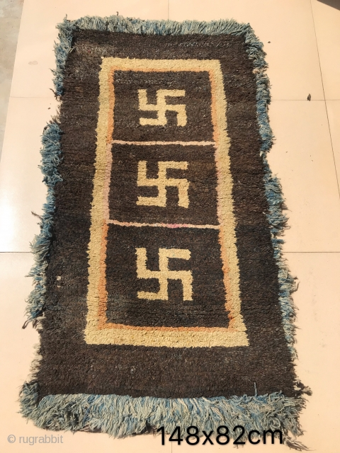 The  old Temple cushion in gyantse area, Tibet. Size 148*82cm. Welcome to consult!