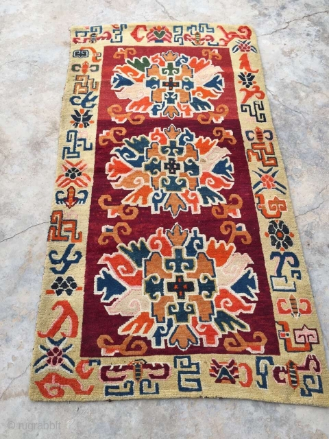 Around 1940, Tibetan carpets, s size 175 cmx92cm, there are two of a couple