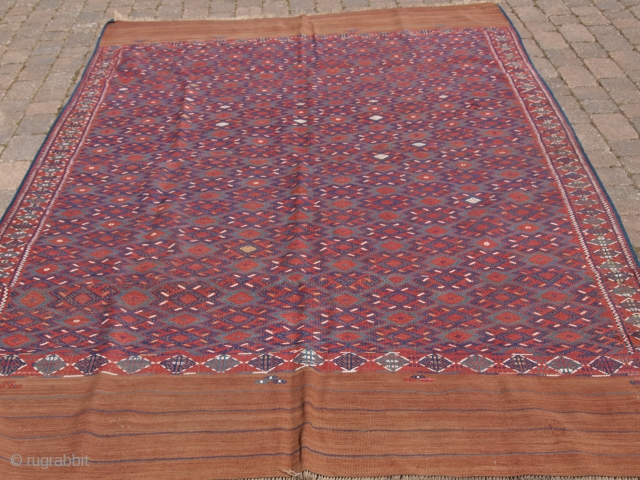 Yomut Turkmen 'pallas' kilim with long kilim ends. Size: 340 x 200cm (11ft 2in x 6ft 7in). D-888.