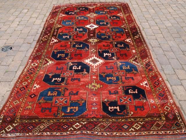 Uzbek Turkmen carpet, size: 368 x 173cm.