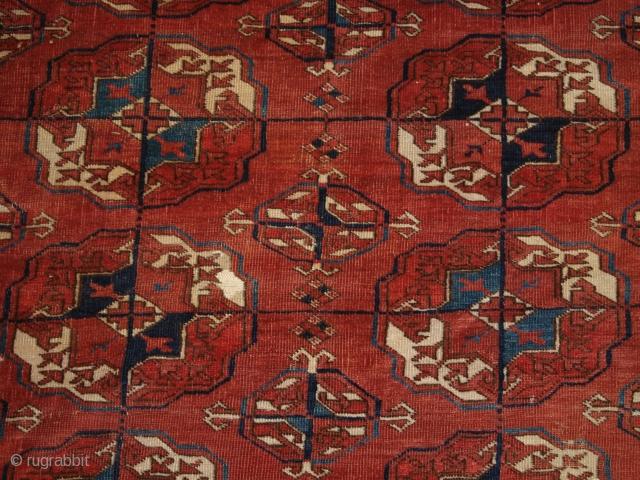 Tekke main carpet, 4 x 10 guls, 19th century, size: 317 x 213cm.