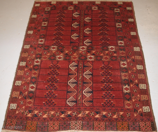 Ersari Turkmen ensi, Size: 210 x 156cm.