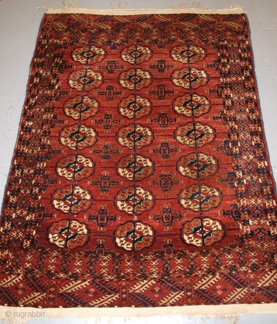 Antique Tekke Turkmen rug of small size, 4ft 11in x 3ft 7in (150 x 108cm).