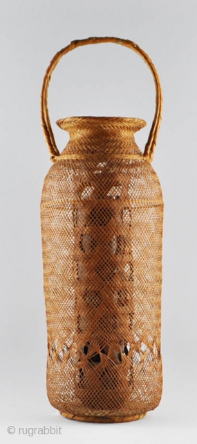 Japanese ikebana basket (hanakago) with handle. 