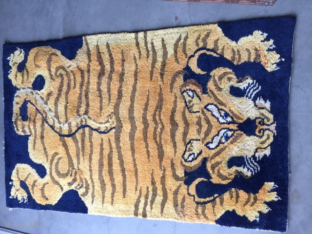 """Tibet - early 20th century Size: 53 """"L 33"""" wide"""