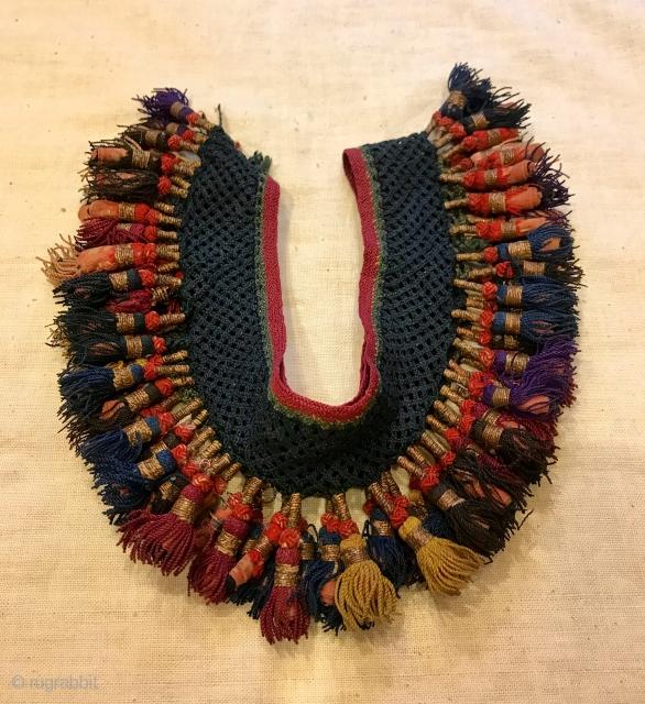 "Uzbek silk tassel ethnic and tribal collectible tassel hanging decorative tassel  Size: 105 cm x 7 cm Tassel height: 4 cm  100% handmade  VINTAGE UZBEK TASSELS : ""Segusha""( Triangle) is a decorative embellishments, whose function, was to  ..."