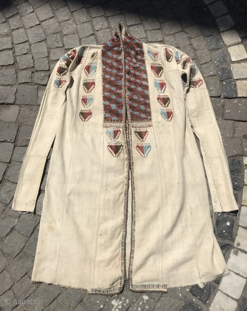 Uzbek Vintage handmade Cotton chapan clothes  Size  Height : 115 cm Under arm : 55 cm Shoulder size : 40 cm  Fast shipping worldwide   Thank you visiting for my shop :)