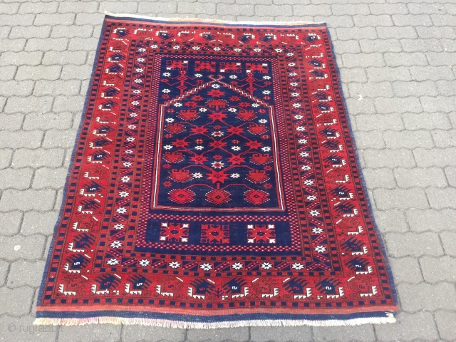 Antique Anatolian Yagcibedir prayer rug, beautiful drawing. Size: 156x128cm / 5'1''ft x 4'2''ft