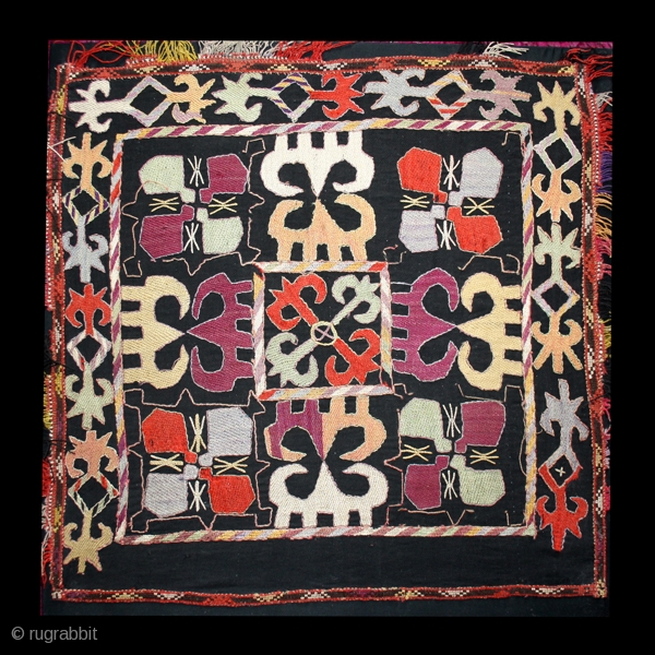 """Decorative embroidery """"Ilgich"""" cod. 0046. Silk embroidery on cotton and wool. Kungrad people. Central Asia. Late 19th. century. Very good condition. Cm. 57 x 60 (1'10"""" x 1'11"""").Lined with a cotton textile  ..."""