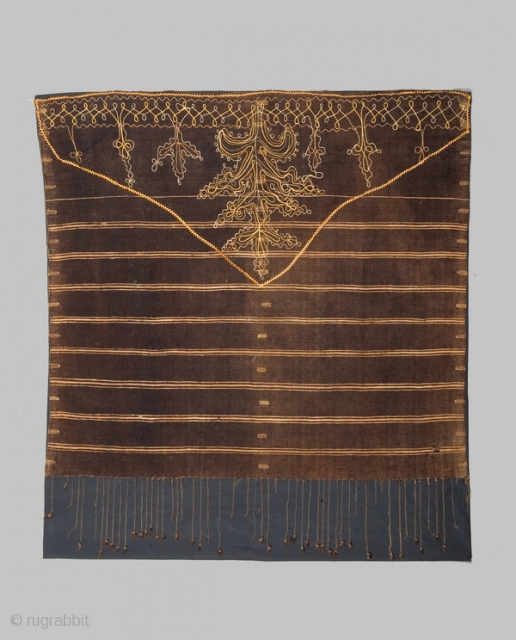 "Woman's shawl ""Ajar"" cod. 0394. Wool cotton natural dyes. Berber people. Sfax area. Tunisia. Early 20th. century. Cm. 105 x 120. Very good condition with some small holes. Professionally sewn onto a  ..."