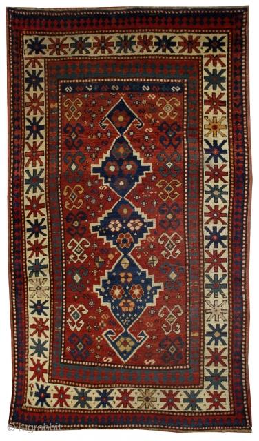 Handmade antique Caucasian Kazak rug 3.11' x 6.1' ( 121cm x 186cm ) 1900s - 1B558