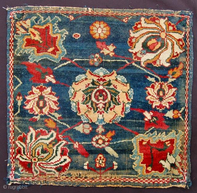 Antique Agra miniature mat. 40 x 41cm.