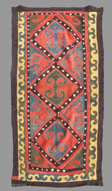 Central Asian felt shyrdak. 
