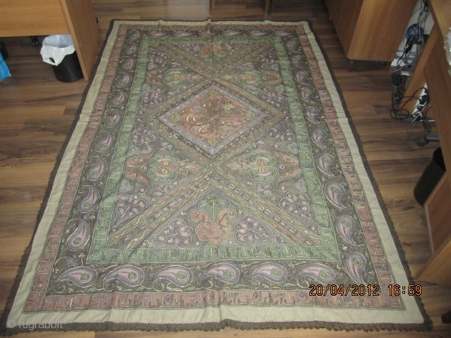6*9 (2,00 m by 3,00 m ) very nice ottoman cover in a very good condition