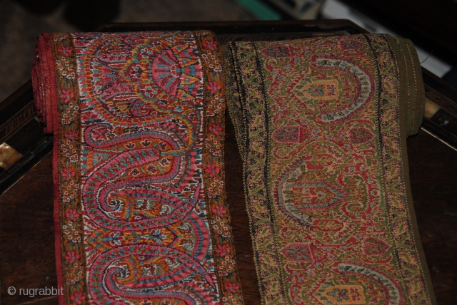 Beautiful 19th Century Indian Paisley shawl Fragment, Great condition, nice colours and very fnie embroidery, the size is 1st 270 cm and 2nd, 320 cm.