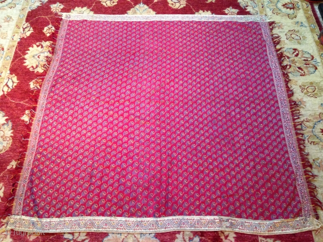 Very rare indian hand embroidered shawl size 130/130 cms