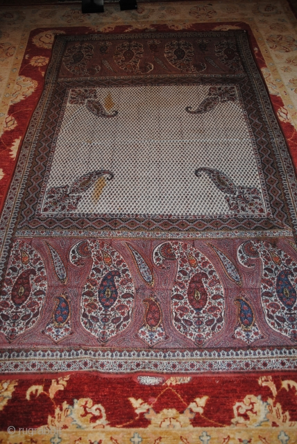 Beautiful Old Persian Kalamkar in very good condition, apart two small stains, very nice colors, the size is 220/125 cms.