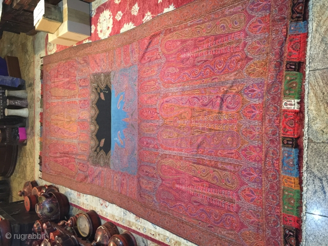 Rare Indian shawl in great condition, hand embroidered pieced shawl, 
